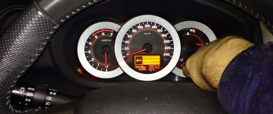 Reset service di manutenzione Toyota Rav4